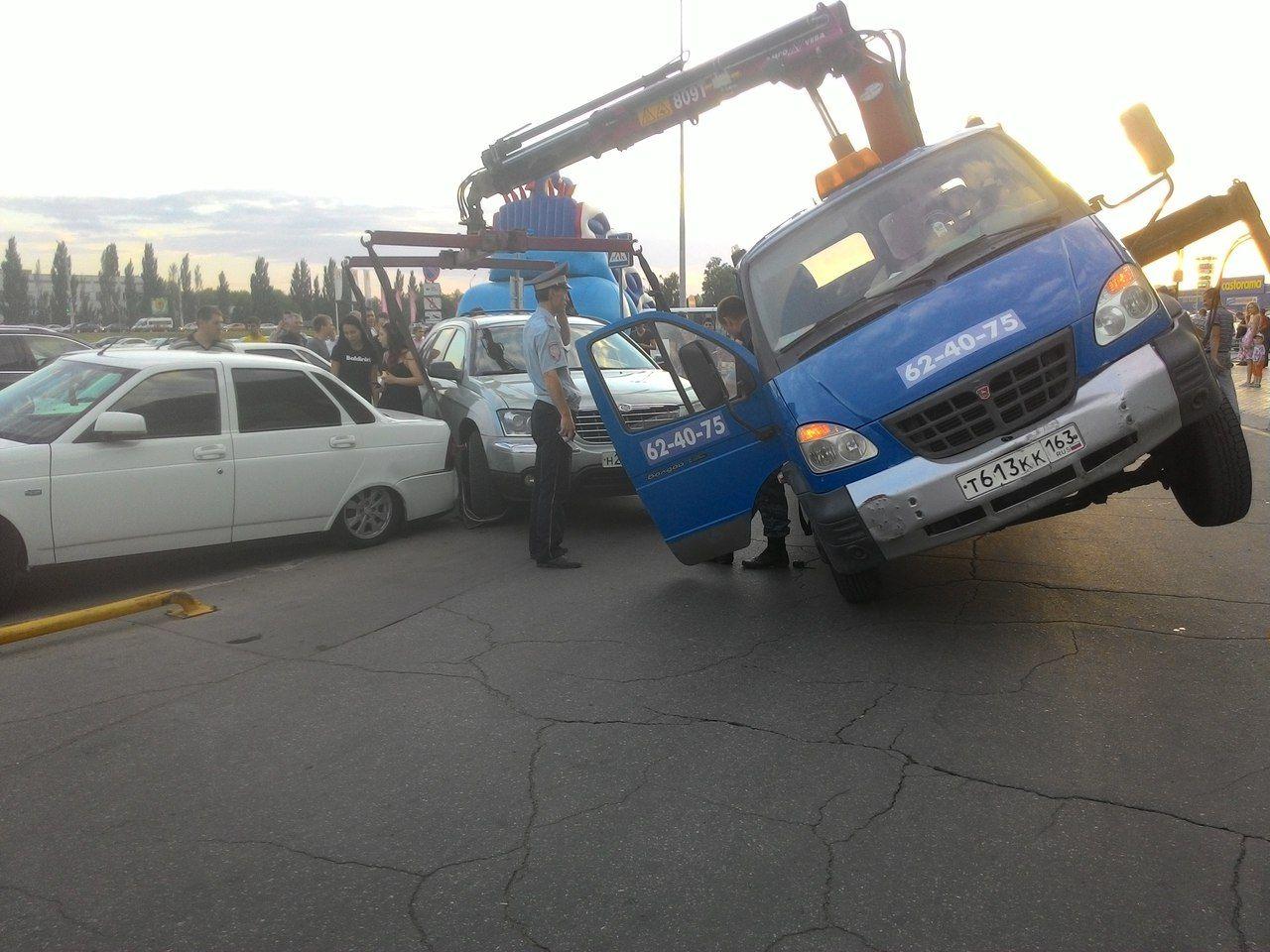 Действия в случае повреждения автомобиля при эвакуации