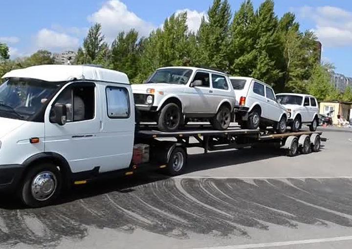 Эвакуаторы ВАЛДАЙ с прицепом на 3 автомобиля